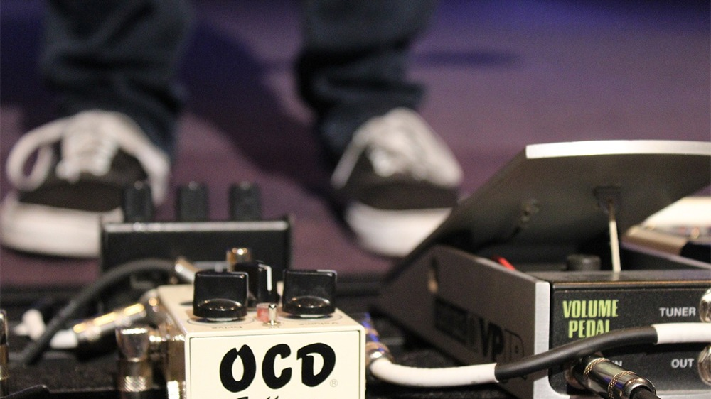 Best Guitar Multi Effects Pedal Featured Image.